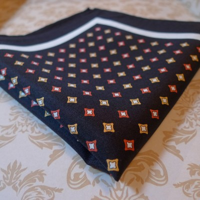 Silk Black diamond pocket square