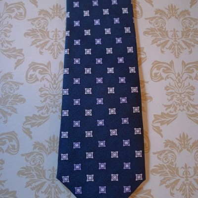 Silk Navy diamond tie.