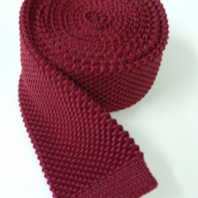 Wine knitted tie