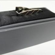 Tie bar silver stripe